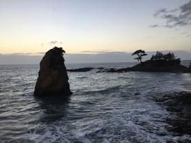 秋谷の立石(立石公園)