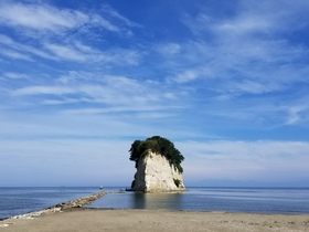 見附島(軍艦島)